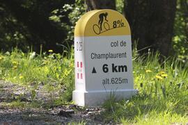 Col du Grand Cucheron via the Col de Champlaurent