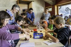 """""""Graine d'Archéologue""""  pottery activity"""