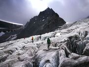 © val-cenis-sollieres-mountaineering-glacier_Up-ski-and-mountain-guides - <em>Up ski and mountain guides</em>