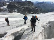 © val-cenis-sollieres-vanoise-glacier-mountaineering_Up-ski-and-mountain-guides - <em>Up ski and mountain guides</em>