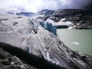 © val-cenis-bonneval-sur-arc-glacier-lake-gran-méan_Up-ski-and-mountain-guides - <em>Up ski and mountain guides</em>
