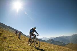 """Mountain bike tour - """"La Route des Fermes""""  descent"""