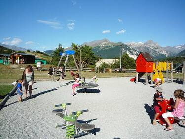 © aussois-children-playground - <em>MO. OT AUSSOIS</em>